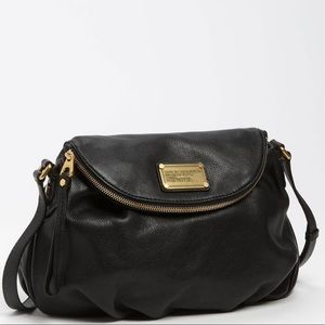Classic Q Natasha' Crossbody Bag - Black Leather
